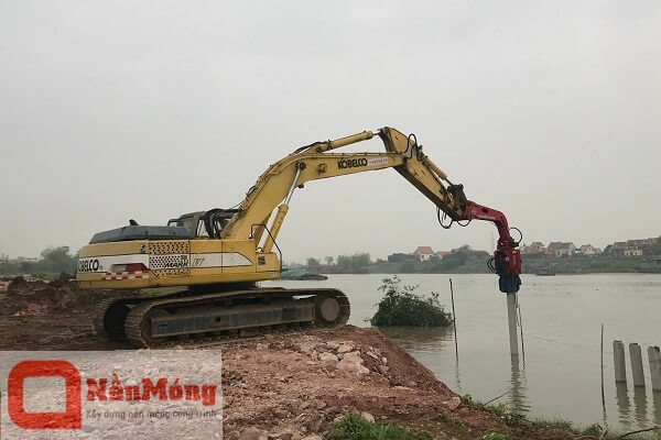 Dự án Đóng cọc bê tông cảng bốc xếp vật liệu Sáu Chín